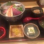 御堂筋よし田 - 海鮮丼セット