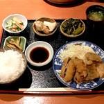 和 - さんまとかきフライ 定食  ¥980