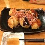 たこ焼き みはし屋 - 3種お味見セット 6個  ¥480                               だししょうゆ・どろソース・みはしソース