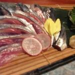 763631 - 秋刀魚刺