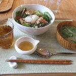 リナトキッチン - 大豆ミートのロコモコセット 1000円