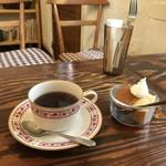 モンタナ - コーヒーとデザートが付きます(2017.11.12)