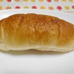 ハート ブレッド アンティーク - 料理写真:ぞっこん塩パン ¥83-