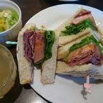 茶珈房かくら - 料理写真:本日のサンドウィッチランチ(450円+お飲み物代金)