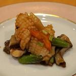 中国料理 琥珀 - 神奈川県産 アオリイカのオイスター ソース炒め