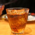 中国料理 琥珀 - 甕だし8年紹興酒(古越龍山紹興酒8年)をデキャンタで