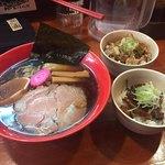 中華そば仙台煮干センター - 料理写真:2017年11月。煮干しそば(並)740円とミニ牛スジ丼180円とベトコンライス150円。