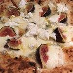 Pizzeria SOL - ゴルゴンゾーラ・黒いちじく・リコッタチーズのピッツア