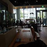 KAITEKI CAFE - 外から店内は丸見えです