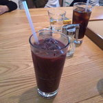 KAITEKI CAFE - アサイーアップルと有機栽培豆ブレンドコーヒーでございます