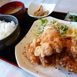 kitchen リプル - 料理写真:大人気!! から揚げ定食(ランチ)