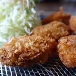 四季 - 料理写真:牡蠣フライ
