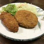 舟よし - サーモンフライとミートコロッケセット定食(今週のサービス定食単品)