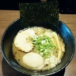 麺や いかり - 料理写真:焼煮干しらーめん850円