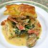 東京パリ食堂 - 料理写真:前菜 牡蠣の燻製と海老のパイケース