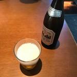 76325940 - ビール中瓶はアサヒかエビスで選べます。