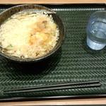 はなまるうどん - かけうどん小(130円)+生卵(80円)