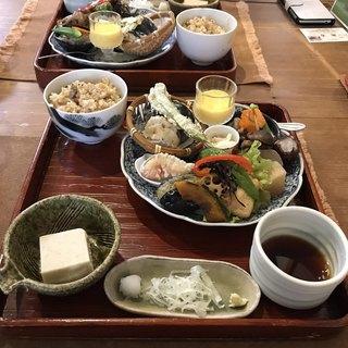 尚古 - 料理写真:                        尚古膳 (これに蕎麦2種とデザートが付きます)