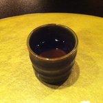 鉄板焼 黒田屋 - お口直しにお酢のジュース
