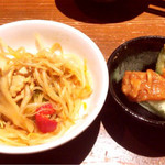 鶏と魚と野菜とMomiji - ちりとり鍋&もろきゅう