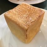 ラ ブリオッシュ - イタリアンサマーオレンジとクリームチーズのブリオッシュ