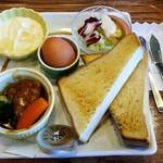 高坂サービスエリア(下り線)レストラン - モーニングプレート:850円