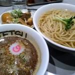 つけめん102 - 特製つけ麺(大盛りの熱盛り)@1120円