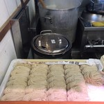 76341179 - 整然とした麺