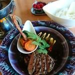 モア - メインのステーキ、美味い