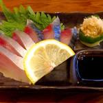 酒饌亭 灘菊 - 「〆さば」(740円)。デフォ(無指定時)はわさびだが、生姜を指定することが出来る。