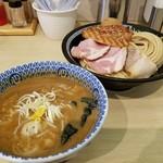 76348490 - 特製濃厚豚骨魚介つけ麺(1000円)
