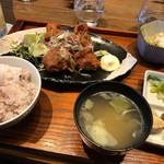 カフェ コメコ - 鶏の米粉揚げ ¥1200