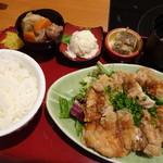 GOCHISO-DINING 雅じゃぽ - 日替わりランチ・雛鳥の竜田揚げゆずしょうゆ(1,000円)