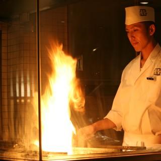 【炭焼】炙屋ゆえ炙る。炉端料理