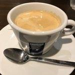 牛舎 - 100円追加で本格コーヒー