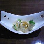 一粋 - 蟹とアボカドの生春巻・豆乳ソース