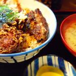 76360156 - 唐揚げではありません、天ぷらです(笑)。が、意外とくせになる美味しさ。