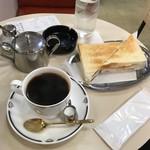 珈琲専門店 エース - のりトースト170円、モカマタリ510円