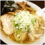 """らーめん みき屋 - """"白醤油らーめん(大盛/麺280g)""""にメンマとネギのトッピング"""