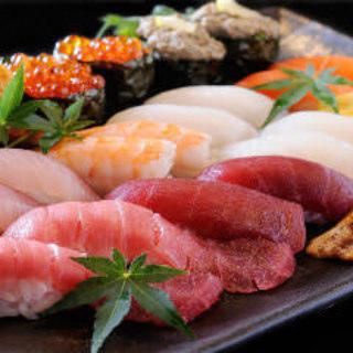 握り寿司単品、盛合せをご用意しております!