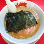 ラーメン山岡家 - 料理写真:醤油ラーメン_640円、クーポンでチャーシュー増しサービス