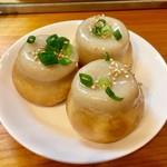 六角橋 焼小籠包 - 料理写真:焼小籠包