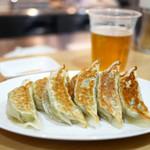 MIKIYA GYOZA STAND - 焼餃子(5粒)2人前 ¥250×2