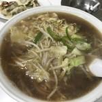 タカラ飯店 - 料理写真:もやしラーメン大盛 ¥650