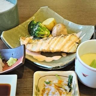 寒たらバター焼き定食(税抜き1200円)