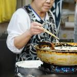 うどん平 - 天ぷらを揚げ係