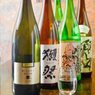日本酒も豊富にご用意しております