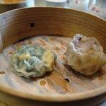 中国料理 かなめ - コーンとニラの饅頭 海老焼売