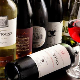 充実の飲み放題コース・ボトルワインの種類も豊富♪