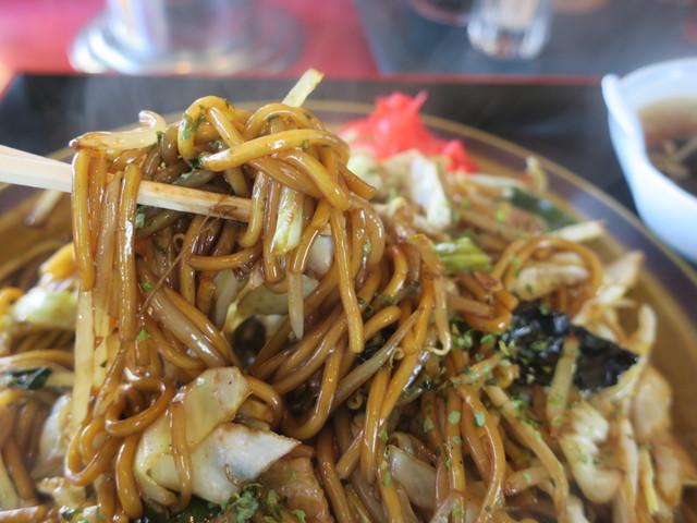 ビックハウス - 中太麺です